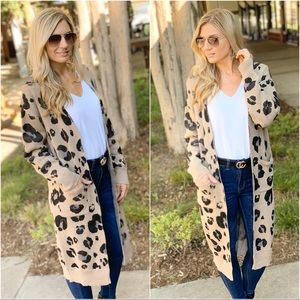 Leopard print long cardigan with pockets